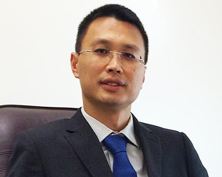 Mr Albert Lo
